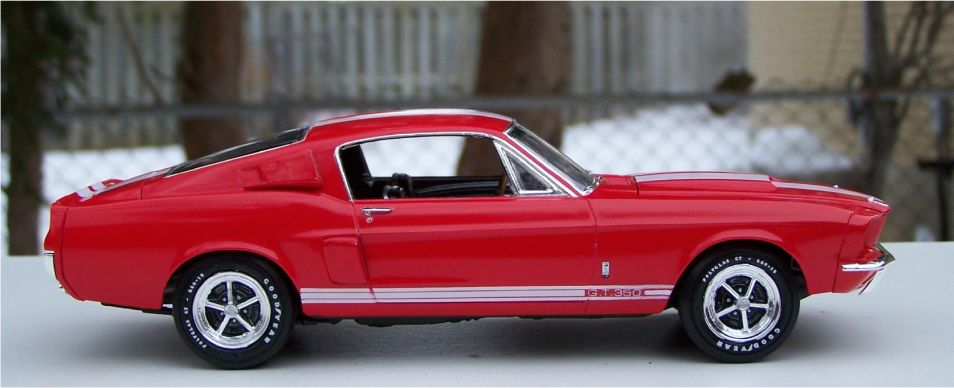 AMT 1967 Ford Mustang Shelby GT350 HiPo 289ci